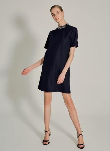 NGSTYLE Yakası İncili Elbise Siyah